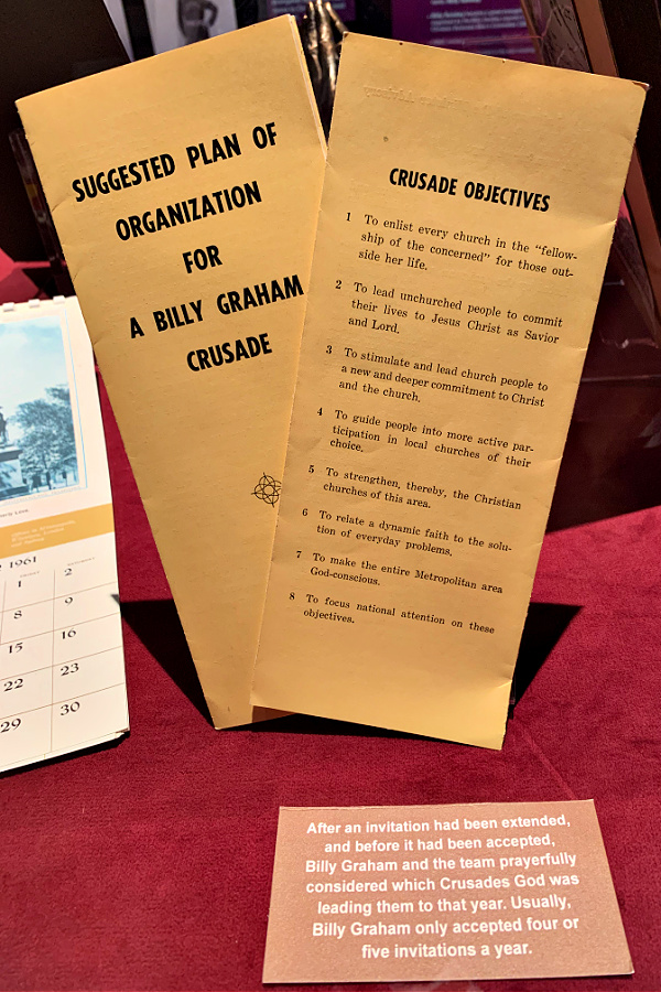 Billy Graham Library Crusade pamphlets